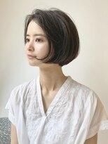 コクーン(Cocoon)【SHUN】センターパートショートボブ