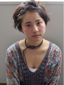 【長さ別】伸ばしかけの髪型のアレンジ方法・種類|前髪