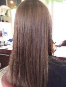 フィールエー 南原町店(feel.a)の写真/ダメージレスな酸性ストレートで髪質改善★驚くほどのツヤと指通りに!毎朝のセットが今よりもっと楽になる!