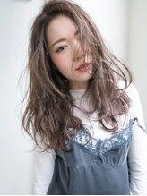 ロシェ ヘア ワークス(Roche Hair Works)抜け感リラクシー☆女っぽアップバングロング