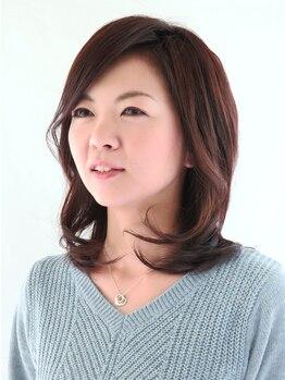 ヘアメイク イアラ 高柳(hair make iara)の写真/白髪は気になるけどカラーで色味を楽しみたい!そんな大人女性にiaraのツヤ感UP!立体感デザインがお勧め◎