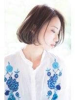 小顔、ツヤ髪の王道スタイル