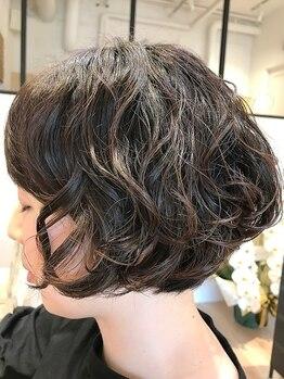 キラヘアー(KIRRA HAIR)の写真/【大人女性向け/磯子】豊富なパーマ技術と経験であなたの理想を叶えます!大人のパーマstyleならお任せ♪