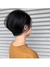 モグヘアー(mog hair)ショートスタイル