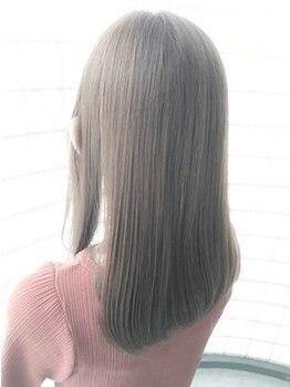 アールヘアー(R hair)の写真/髪にも地肌にもやさしいオーガニックカラー使用◎貴女の求めたカラーをカタチに変える―R hair―*