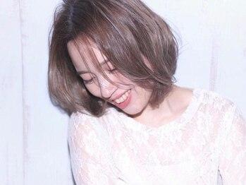 フラワーズビィーオーディー(FLOWERS BOD)の写真/白髪を活かしたオシャレなデザインカラー☆白髪を染めながら明るいカラーを楽しみながらキレイになれる!!