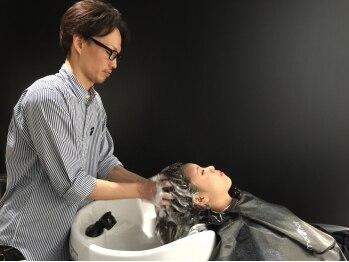 モッズ ヘア 高松瓦町店(mod's hair)の写真/【瓦町駅すぐ★New Open】巧みなマッサージが至福のヘッドスパ。プロならではの技と上質な癒しをご褒美に♪