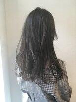 シアン ヘア デザイン(cyan hair design)【cyan】暗くても透けるグレージュ