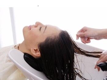 ヘアーズ はれるや(hair's)の写真/【クロナ使用★】クールシャンプー&極上ヘッドスパでスッキリ◇.+頭皮の乾燥や気になるお悩みにも◎