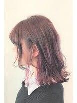 ヘアーアイスカルテット(HAIR ICI QUARTET)ピンクベージュ ブリーチ 切りっぱなしボブ