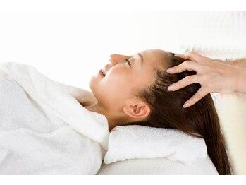 ギッシュ 堅田店(GUICHES)の写真/【うる艶】エイジングケアに特化したヘッドスパ★年齢を重ねていく中で増えていく髪や頭皮のお悩みに。