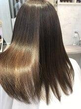 ヘアメイク カラフル(hair make colorful)美髪プログラムで極ツヤ髪へ髪質改善♪