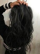 アールプラスヘアサロン(ar+ hair salon)外国人風3Dカラーホワイトシャワーハイライトゆるふわロング