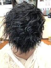 ヘアーメイク クーラ(Hair make CURA)ツイストパーマ
