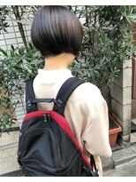 ケンジ 横浜(KENJE)首がキレイにみえるショート#グレージュ