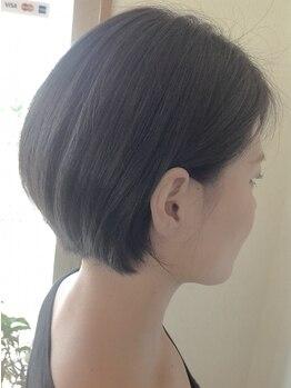 ヘアーアンドビューティー ルーツ(hair&beauty #roots)の写真/オトナ女子にはショートが似合う!クセや生え方を見極めてカットします!
