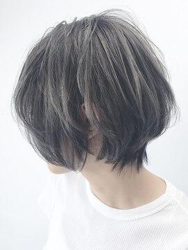 アルバム シンジュク(ALBUM SHINJUKU)グレーマッシュウルフショート_マニッシュショート_ba72872