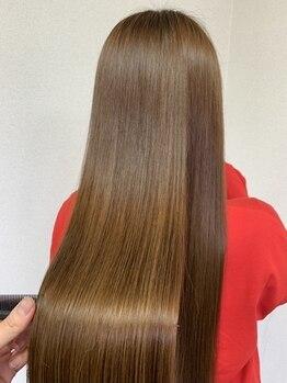 リリーオブザベイス(Lily of the Vase)の写真/【梅田】リリーのこだわり髪質改善♪超音波ケアプロ酸熱トリートメントで自分史上最高のうるツヤ美髪へ。