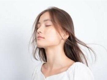 """グロウ ツクバ(GLOW TSKUBA)の写真/今話題の最高級髪質改善""""酸熱トリートメント""""導入!パサつきやダメージを補修しツヤ&まとまりの良い髪へ"""