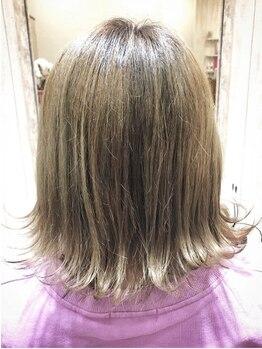 キュー 上新庄(Cue)の写真/白髪が浮かず暗くなりすぎないナチュラルなベージュカラー★オーガニック成分配合。ダメージレス&色もちUP!