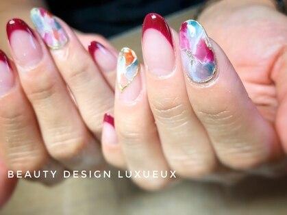 ビューティーデザイン ルクソー(LUXUEUX)の写真
