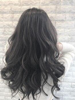 ラバフロー 彩都店(LAVA FLOW)の写真/豊富な経験と高い技術力を駆使しあなたに1番似合うスタイルを♪骨格や髪質に適したスタイルで輝きをプラス!