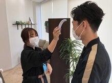 出勤前検温、体調確認、スタッフのマスク着用、手指消毒の徹底の徹底