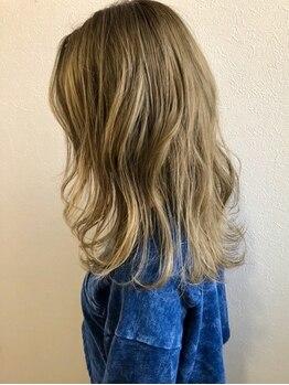 ヘアーアトリエ カノル(hair atelier canol)の写真/髪質やダメージも考慮★デザインカラーから白髪染めまで、本当に似合うカラーを見つけたい方へ!