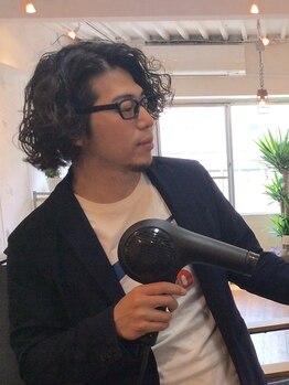 """デニヘアー(DENi hair)の写真/丁寧なカウンセリングと卓越したカット技術でクセさえも直します。まとまりのある""""うるさら""""艶髪へ…♪"""
