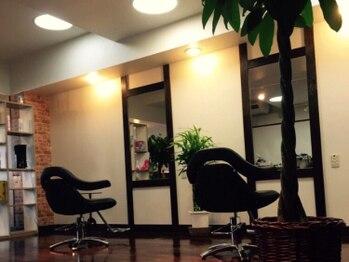 ラグヘアーデザイン(RAG hair design)の写真/ヘアとお肌のケアが同時に叶う☆マンツーマン&オシャレな理容室だから女性も通いやすいのが嬉しいPOINT◎
