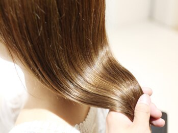 エアーオオサカ(air-OSAKA)の写真/【髪質改善】丁寧なカウンセリングで一人一人の髪質や頭皮を見極め最適なトリートメントをご提供ー。