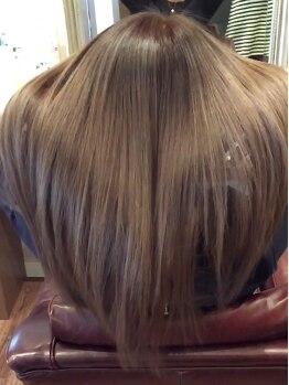 ヘアーズエナジー 守口店(HAIRS energy)の写真/水素で髪のダメージを修復できる究極のエイジングケアは、質感矯正ミネコラ☆思わずさわりたくなる指通りに