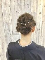 ヘアースペース ムーン(Hair Space MOON)着物の着付とヘアセット、式に間に合うように早朝や店休日でも可