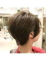 リリー ヘアーデザイン(Lilly hair design)大人かわいい『マニッシュショート』