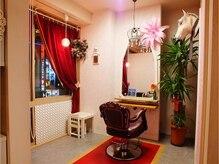 ヘアアンドメイク エトワール(hair&make etoile)の雰囲気(可愛いピンク色のVIP個室♪沢山のお客様に使って頂きたいです☆)