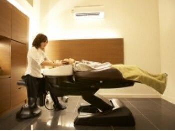 ゼル 東川口店(ZELE)の写真/うっとり癒されながら、髪に潤いと栄養を補給。思わず眠ってしまうほどの、極上のリラックスタイムを…