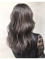ヘアアンドビューティー クローバー(Hair&Beauty Clover)grage