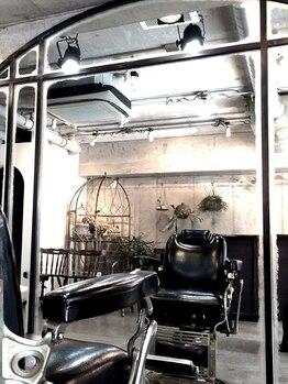 カルテ(KARTE)の写真/【中目黒徒歩3分】おしゃれと評判のサロン☆広い空間の中でゆったりと優雅に過ごしたい方はKARTEへ。