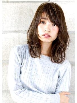 """ヘアサロン ガリカ 表参道(hair salon Gallica)"""" グレーアッシュ × クセ毛風 wave """" ミディアムstyle"""