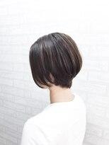 ジーナシンジュク(Zina SHINJYUKU)ハイライト前下がりボブ【Zina 中村悠介】