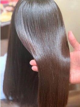 """スノードロップ 阿佐ヶ谷(Snowdrop)の写真/""""いつもの縮毛""""とは違うメニューもあり◎髪の毛の状態に合わせた最適な施術で理想のツヤ髪に。"""