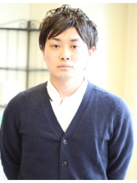 ミライ(mirai)ツーブロックパーマショート