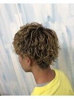 ハイトーンカラー毛先カラーツイストスパイラルパーマツイスパ