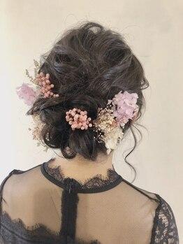 ロコロア(Rocoroa)の写真/日頃のちょっとしたお出かけ~結婚式まで◎場面に合わせた大人可愛いヘアセットで大切な1日を彩ります♪