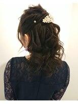 ヘアーリゾートラシックアールプラス(hair resort lachiq R+)《R+》ヘアアレンジ☆ハーフアップ