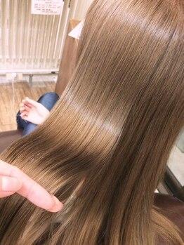 キャパ セントラル 天神 大名店(CAPA central)の写真/【ダメージで悩んでる方必見!】話題の【Rカラー】でダメージを95%カット&《キラ水》で髪本来の潤いを♪