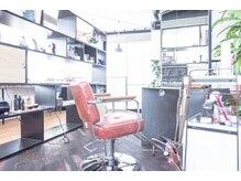 シーカ ヘアデザイン(seeka hair design)の雰囲気(カフェのような空間でゆったり音楽に癒されながら(*´-`))
