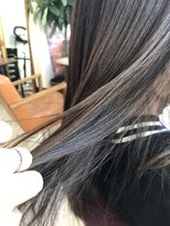 【 LoLo hair 】ピカラ×インナーカラー