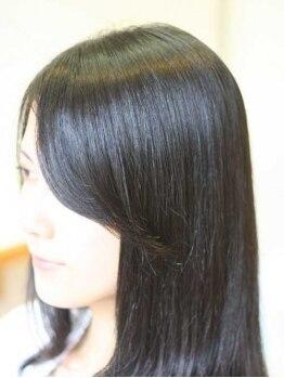 ヘアヴェローチェ(hair-veloce)の写真/毛髪科学をずっと勉強してきたVeloceだからできる【弱酸性縮毛矯正fab】!明らかに艶と手触りが違う☆