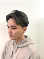パール(PEAR+L)男のシルバーカラー×スリークショート×かき上げヘア